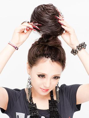 モヒカン 髪型 女性